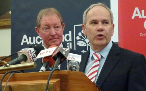 Housing Minister Nick Smith and Auckland Mayor Len Brown announcing special housing Sept 2014 [radionz.co.nz]