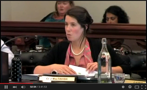 Jinty MacTavish in pearls at Council meeting 21.1.15 Part 2 (DCC Youtube)