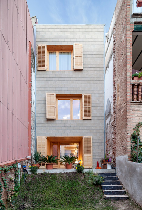 176-House-E-M_Josep-Ferrando_dezeen_468_12