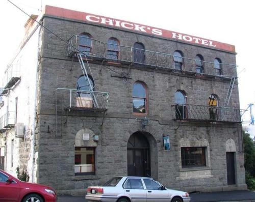 Chicks_Hotel [radionz.co.nz]