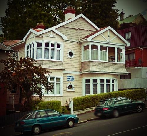 Google Street View -18 Pitt Street, Dunedin Nov2009 (1)