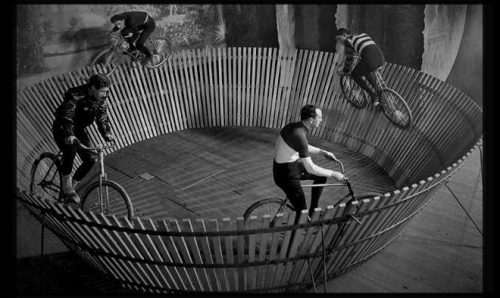 bike - fixed gear track racing [humancyclist.wordpress.com] 1
