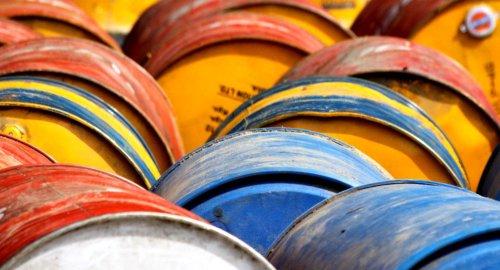 oil drums [sputniknews.com]
