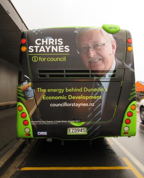 chris-staynes-bus-back-7-sep-2016-1sm
