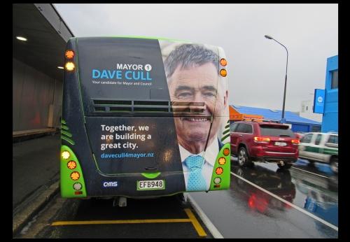 go-bus-cull-moving-billboard-7-9-16-new-world-cumberland-st-1-sm1