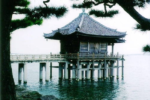 lake-biwa-shiga-prefecture-japan-eurosis-org