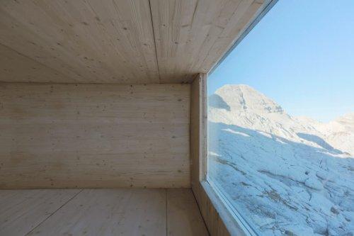 alpine-shelter-ofis-architecture-slovenia_dezeen_2364_col_13-1024x683