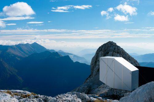alpine-shelter-ofis-architecture-slovenia_dezeen_2364_col_6-1024x683