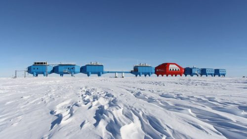 antarctic-research-centre-to-be-towed-inland_dezeen_hero_01