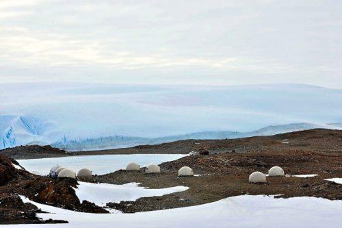 antarctica-glamping-pods-white-desert_dezeen_1704-cluster