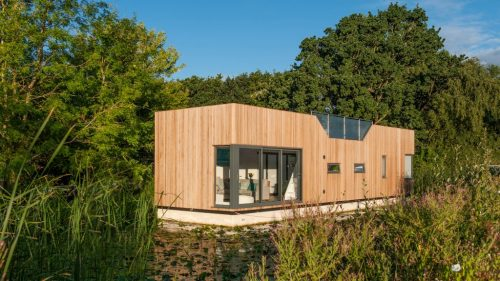 chichester-floating-home-baca-architects-architecture-uk-dezeen-hero