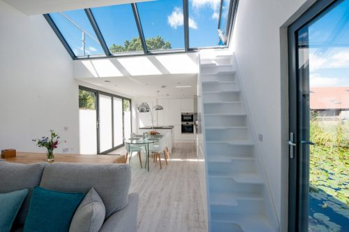 chichester-floating-home-baca-architects-architecture-uk_dezeen_2364-interior-1