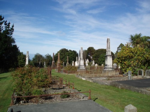 northern-cemetery-dunedin-dbimage-cwgc-org